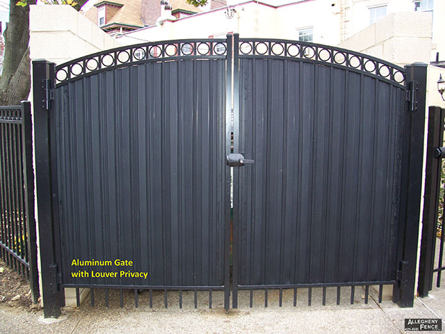Aluminum Gate with Louver Privacy