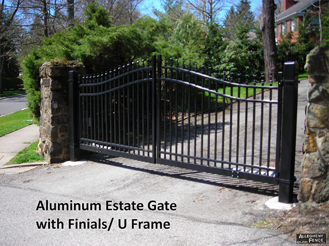 Aluminum Estate Gate with Finials/U Frame