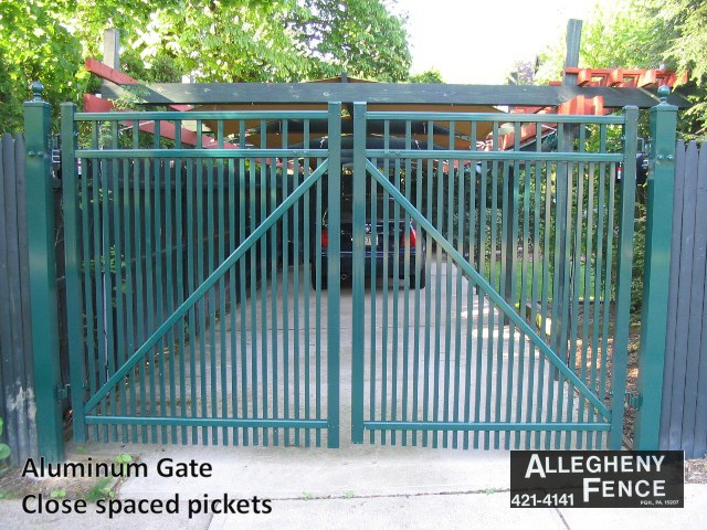 Aluminum Gate Close Spaced Pickets